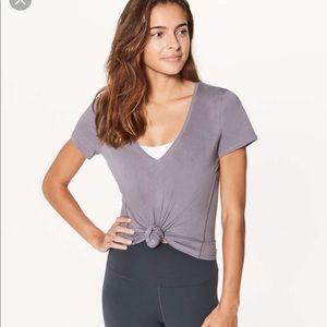 Lululemon Love Tee V Neck, Dusty Lavender, Size 8